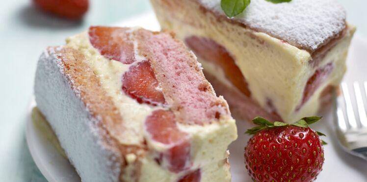 Fraisier express aux biscuits roses : découvrez les recettes de cuisine de Femme Actuelle Le MAG