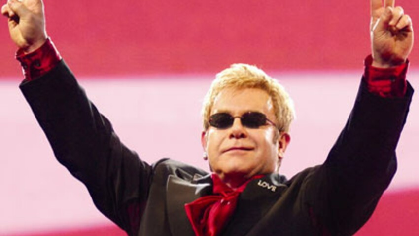 Elton John, 60 ans et toujours flamboyant !