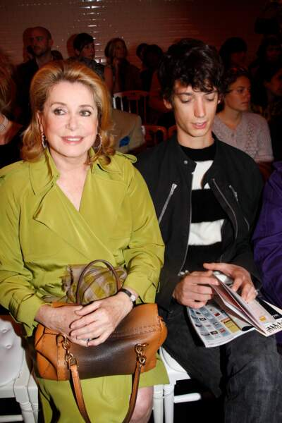 Catherine Deneuve et Igor Divetain pendant la Fashion Week 2010