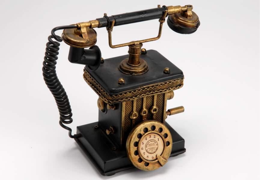 Économe : Tirelire téléphone