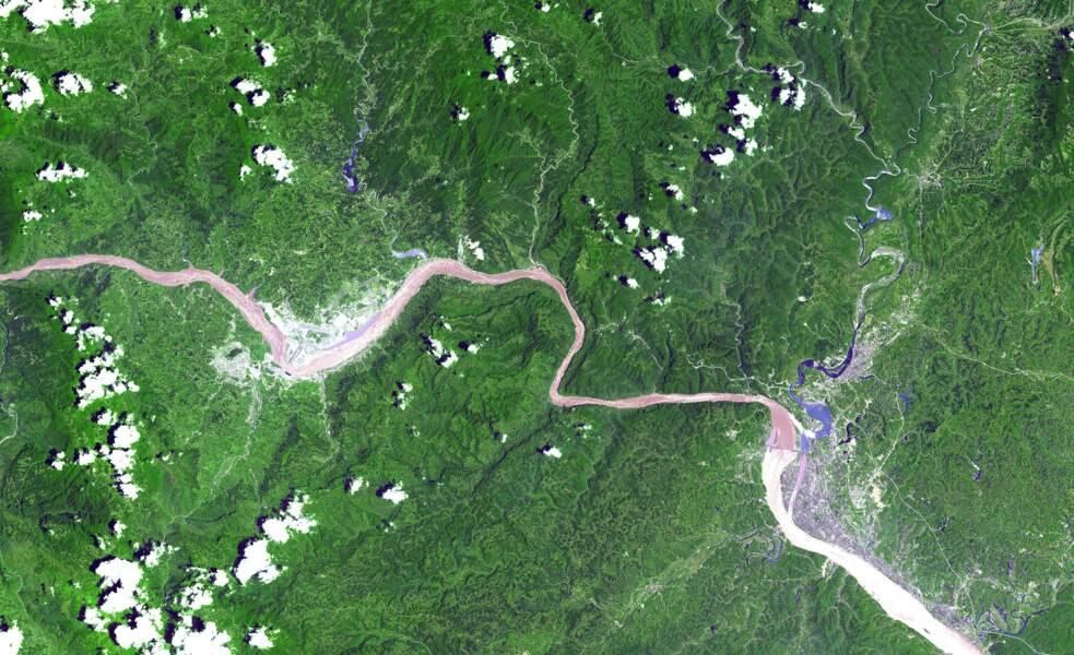 Une des Trois Gorges du fleuve Yangzi, en Chine