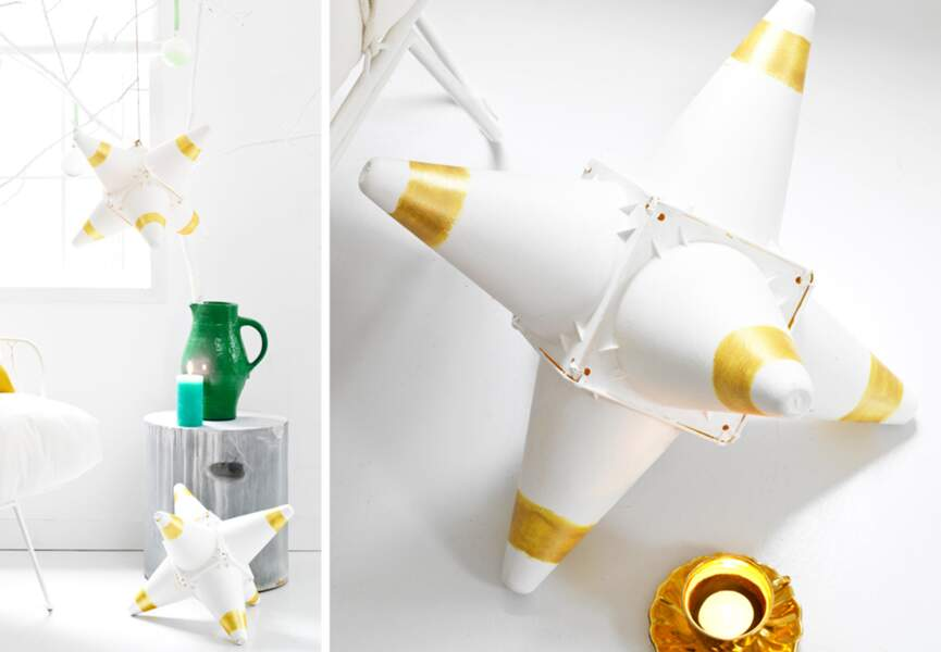 Des étoiles de Noël avec des cônes en plastique