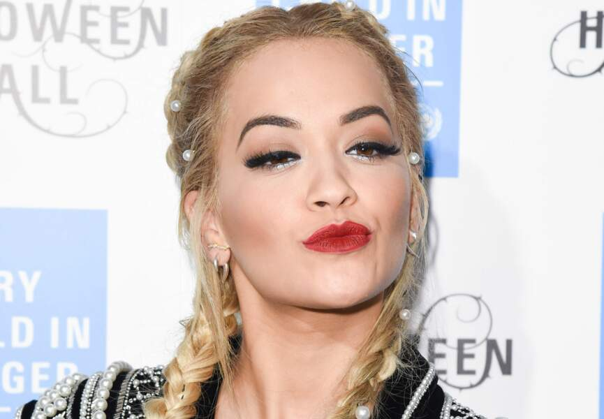 Le look sophistiqué de Rita Ora