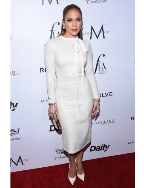 La robe fourreau de Jennifer Lopez