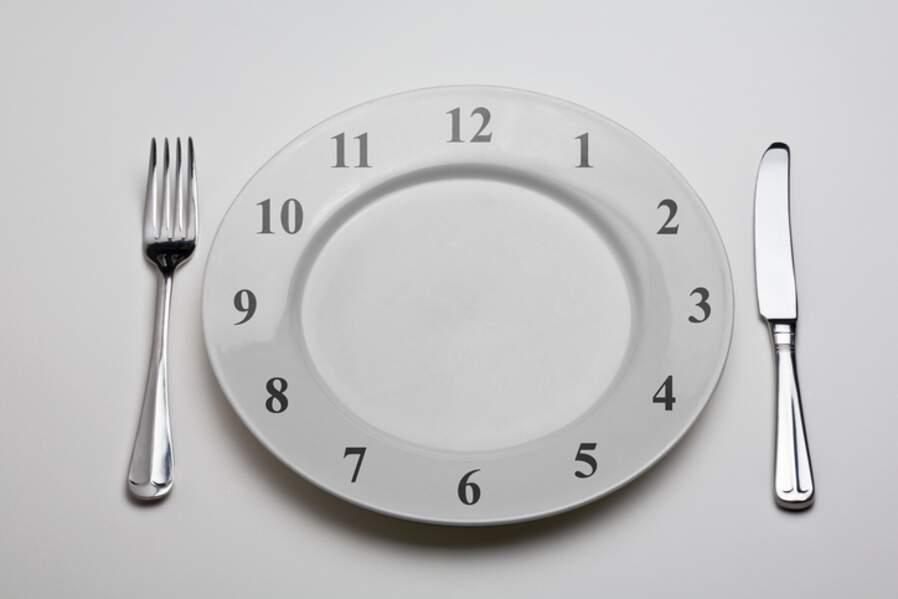 Si on mange trop à midi, il faut sauter le dîner