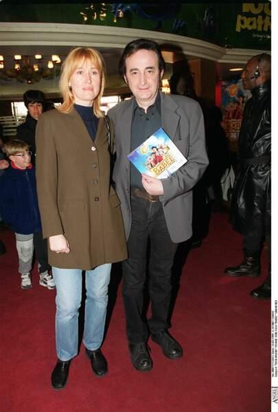 """Dick Rivers et son épouse à la première de """"Babel"""" au Grand Rex à Paris en 1999."""