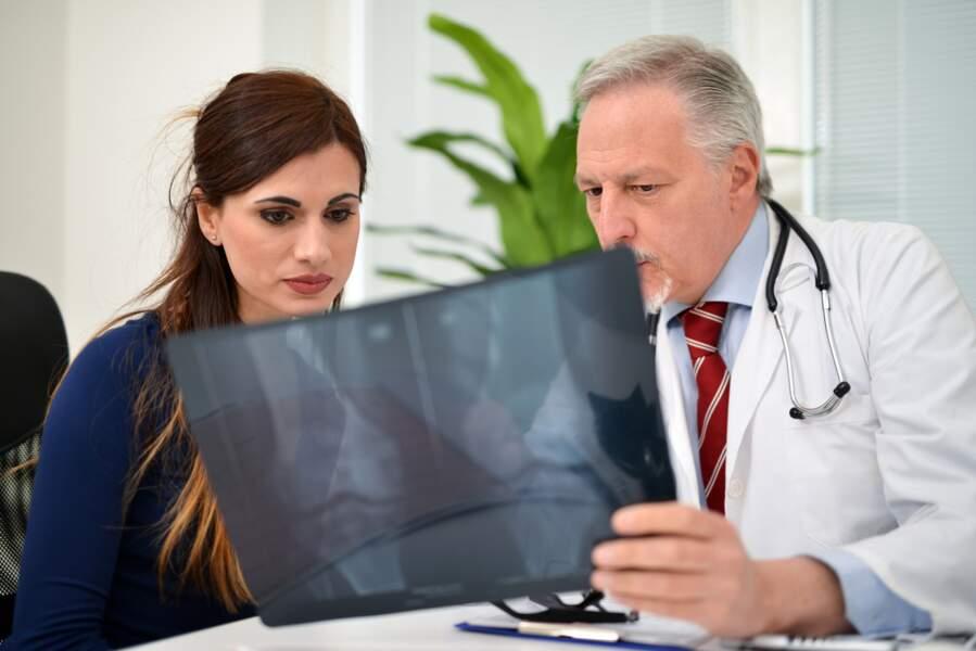 Surveiller ses os : dès la ménopause