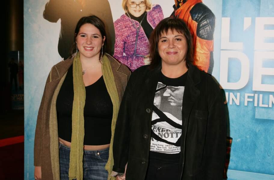 """Michèle Bernier et sa fille Charlotte Gaccio à la première du film """"L'ex-femme de ma vie"""" en 2005."""