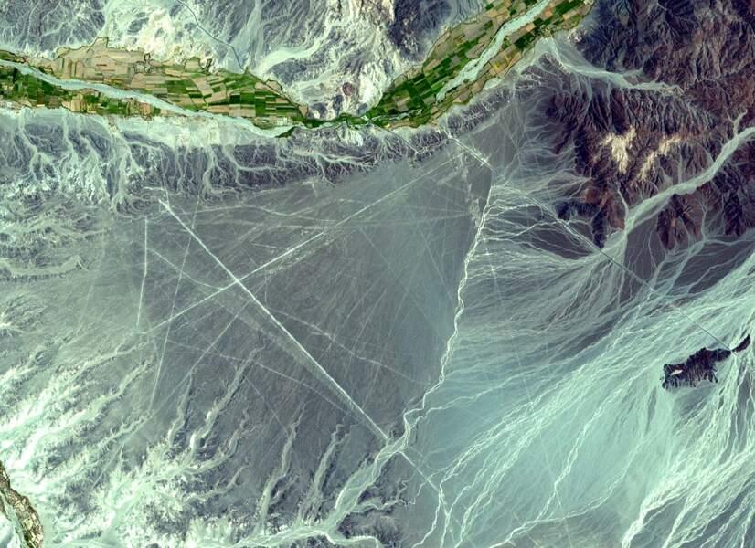 Les étranges lignes de Nazca, au Pérou