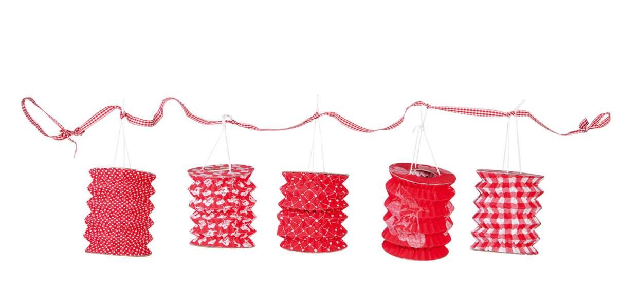 Lampions rouges Comptoir de famille