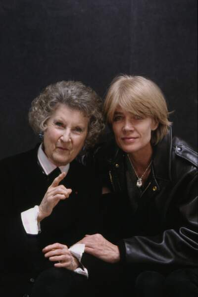 Françoise Hardy et la chanteuse Mireille en 1995.
