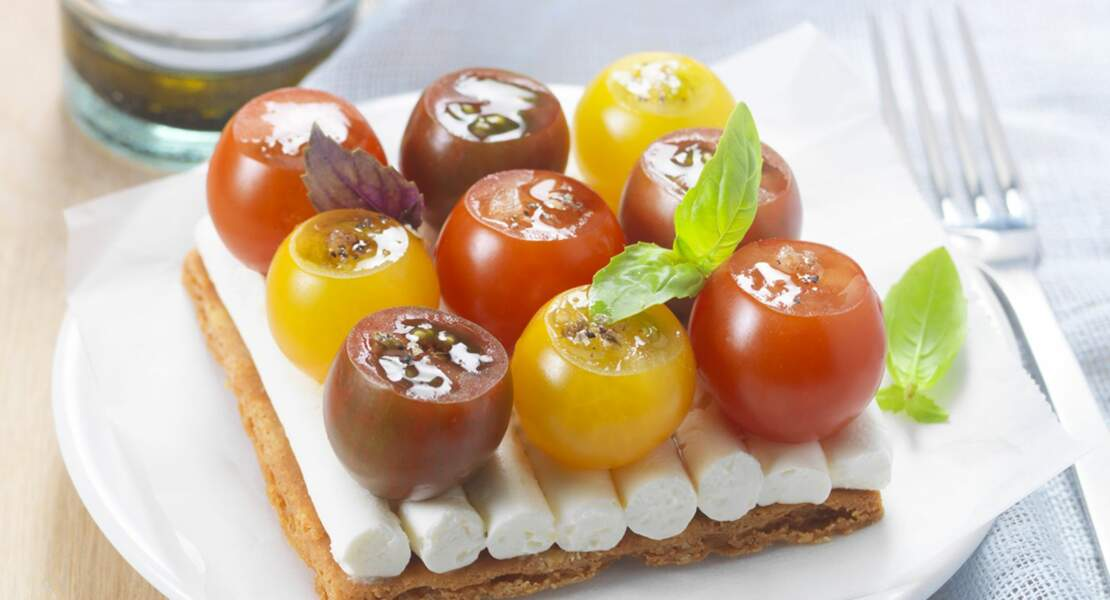 Tarte fine au St Moret® et tomates cerise au basilic