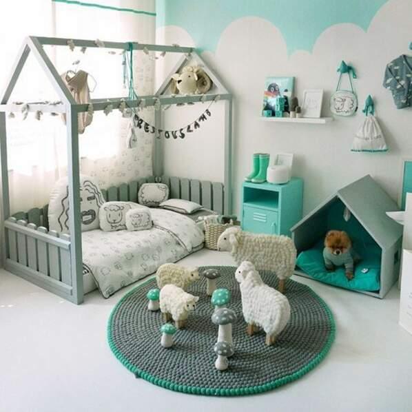 Une chambre d'enfants aux notes turquoise