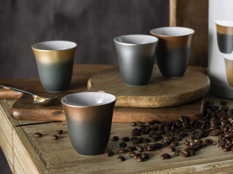 Des tasses à café magiques !