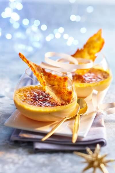 Crèmes brûlées au foie gras, tuiles aux noix