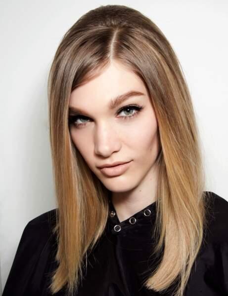 La coiffure rétro du défilé Versace