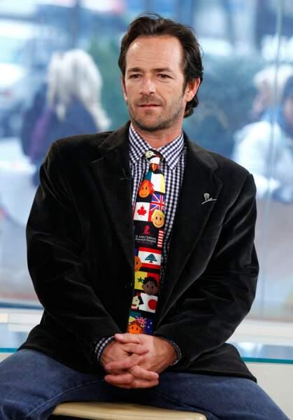 """Luke Perry sur le plateau de l'émission """"Today"""" pour NBC News en 2012."""