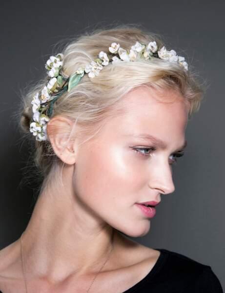 Le chignon fleuri du défilé Dolce & Gabbana