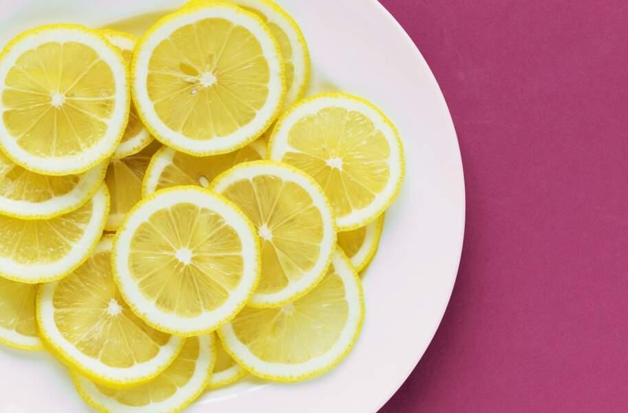 Remède au citron : un gargarisme contre le mal de gorge