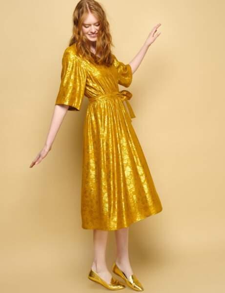 Robe chic: gold