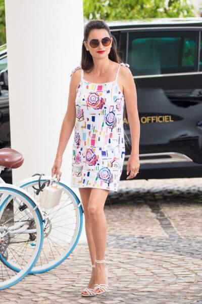 Penélope Cruz rayonne dans sa robe Chanel