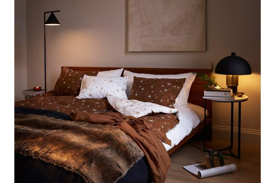 Une déco de chambre dans des teintes ambrées