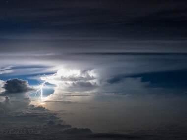 Tempêtes, orages… Un pilote capture de splendides images de son cockpit