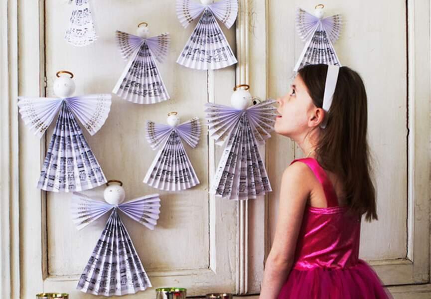 Des anges en papier