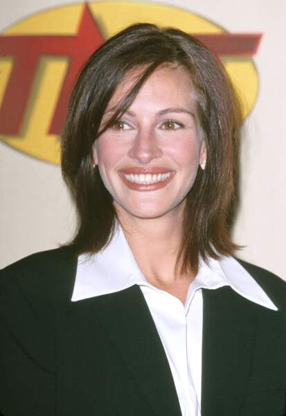 En 2000, Julia Roberts assiste à une soirée mettant à l'honneur Bruce Willis