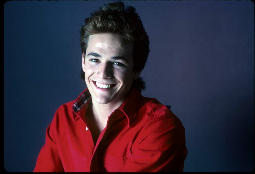 Luke Perry lors d'une séance photo en mars 1987.