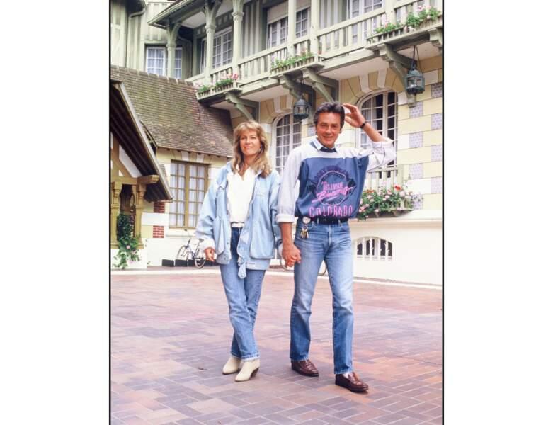 1985, il est photographié à Deauville avec Catherine Pironi avec laquelle il a eu une aventure