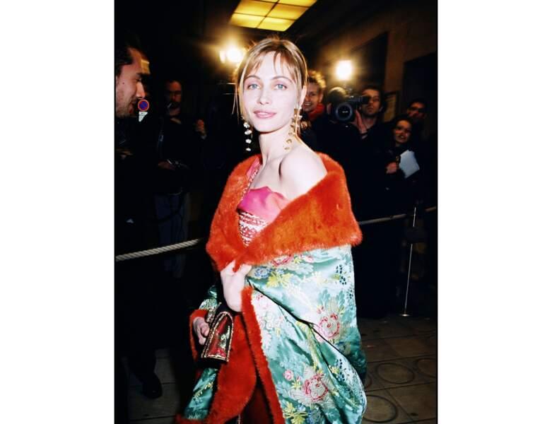 2001 : Emmanuelle Béart a 38 ans