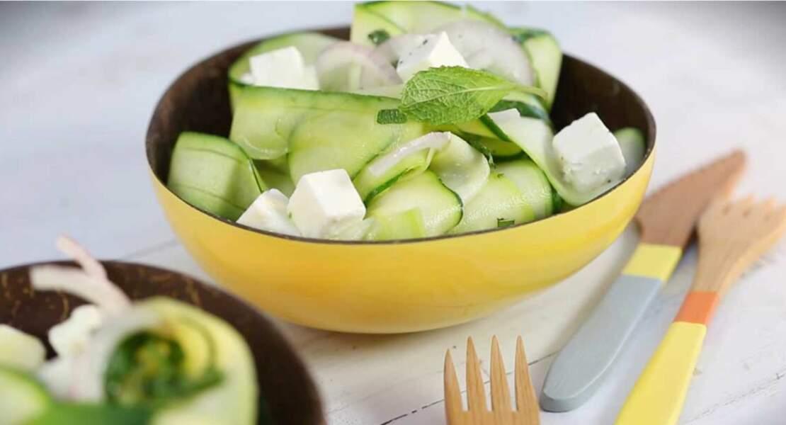 Salade de courgettes, feta et menthe fraîche