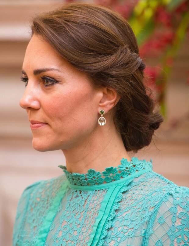 Kate Middleton Ses Plus Jolies Coiffures Decryptees Femme Actuelle