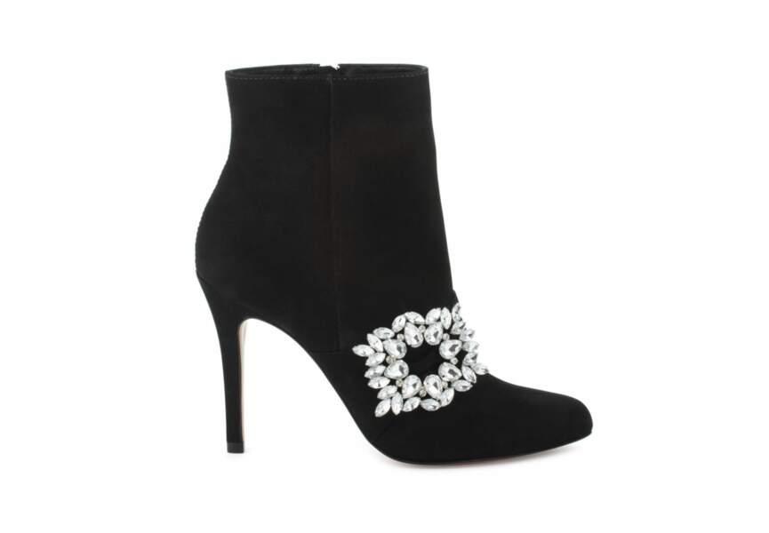 Chaussures de soirée : les bottines à strass