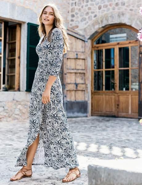 Robe longue : fendue