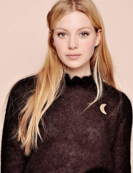 Col montant : le pull sexy