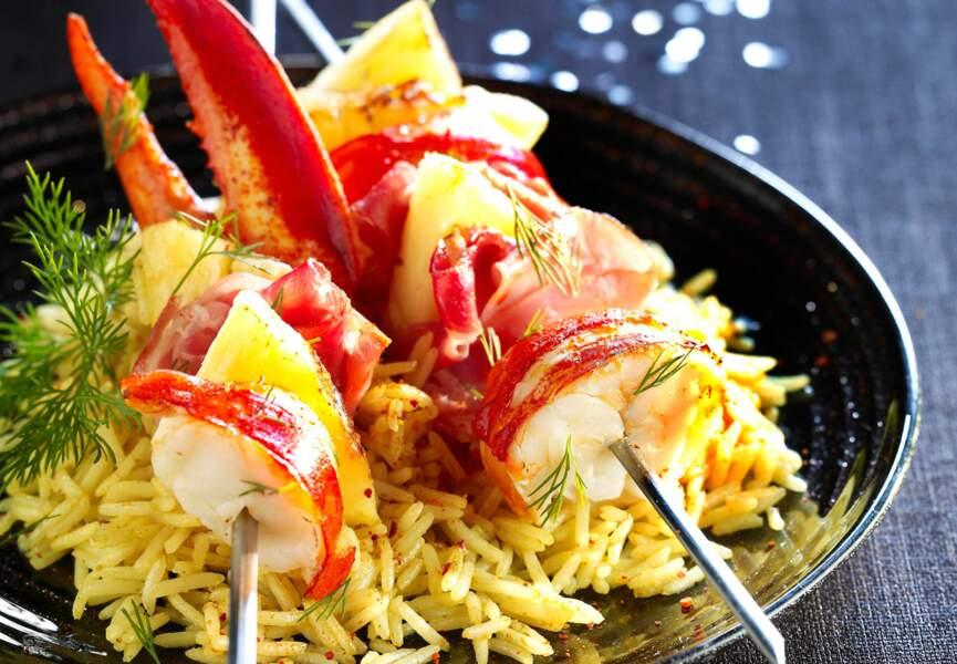Brochette de homard à l'ananas et jambon cru