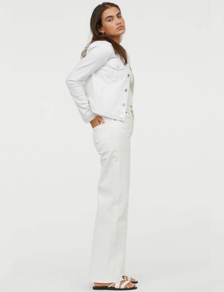 Total look jean : l'ensemble blanc