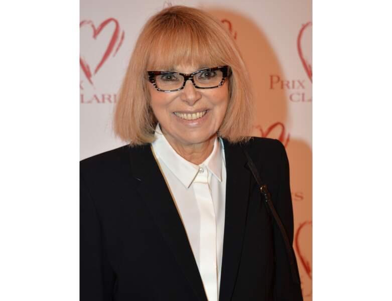 En 2016, l'actrice a 78 ans et assiste à la remise du Prix Clarins