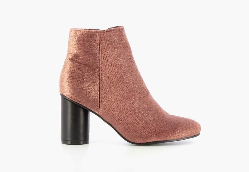 Chaussures de soirée : les bottines en velours