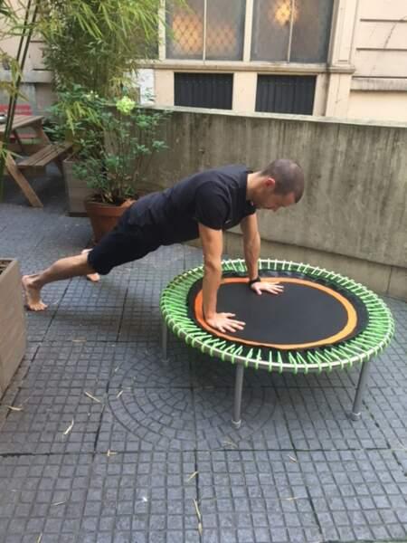 Mini-trampoline bellicon : posture n°6
