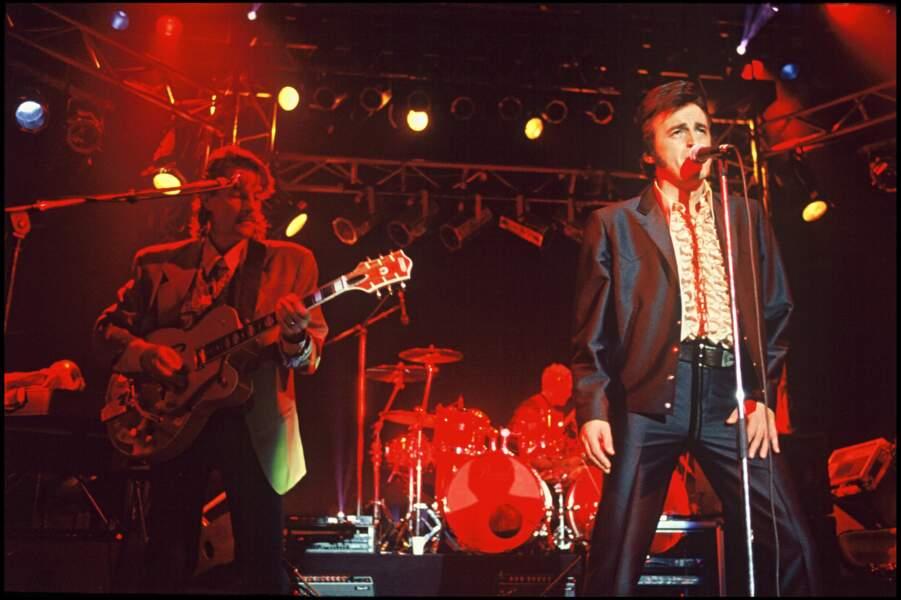Dick Rivers et Francis Cabrel chantent ensemble sur scène...