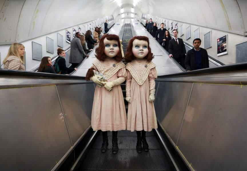 """Tranquilles, dans le """"Tube"""" londonien"""