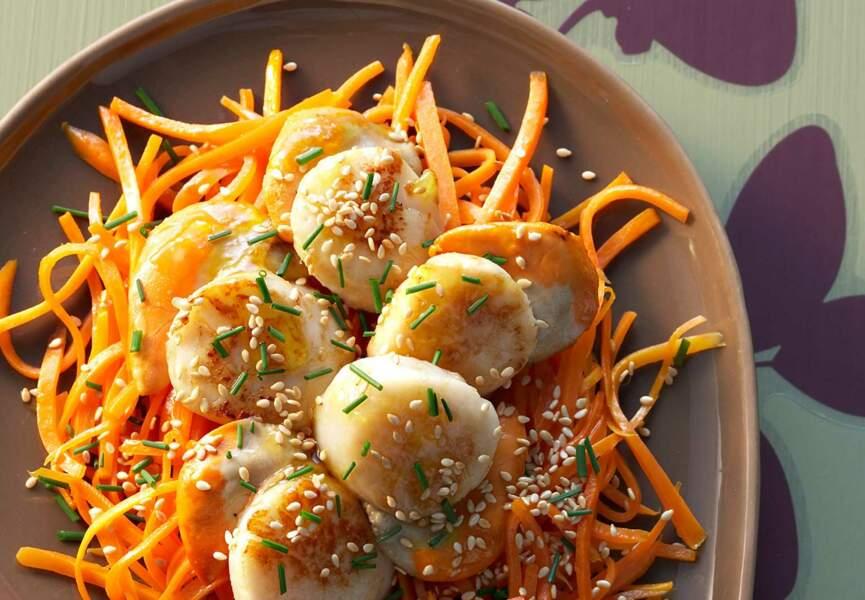 Saint-Jacques et carottes au sésame