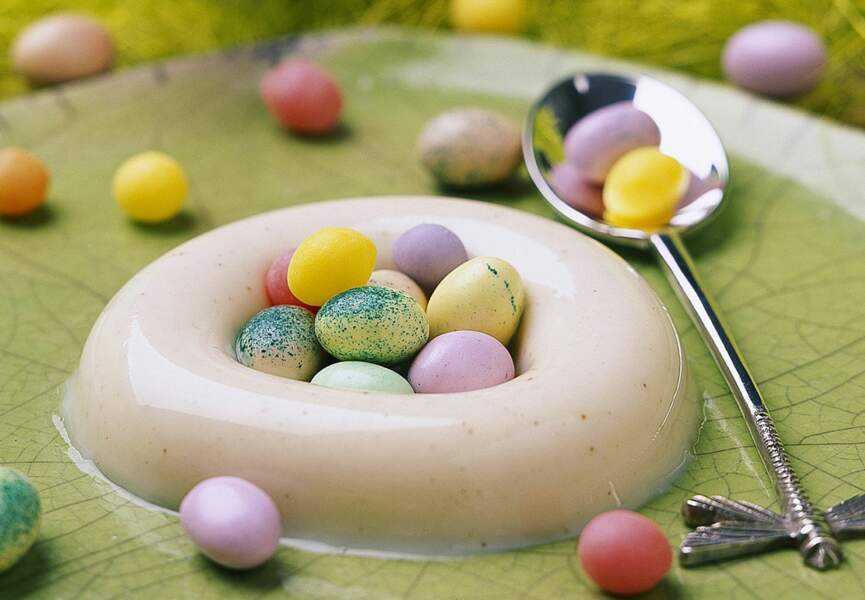 Nid de Pâques en panna cotta