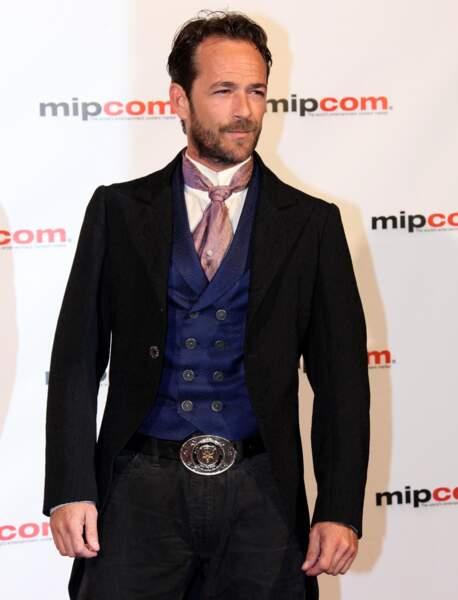 Luke Perry sur le tapis rouge des MIPCOM à Cannes en 2010.