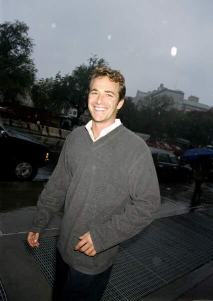 Luke Perry à New York en 1999.