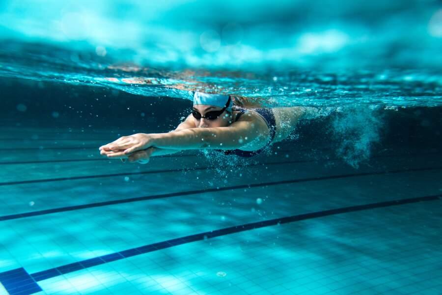 Je nage deux fois par semaine