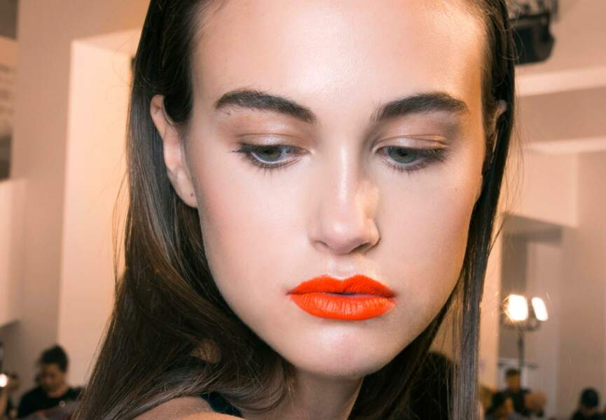 On ose les lèvres orange